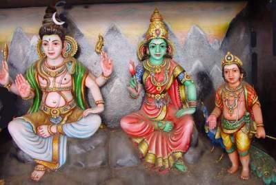 Somâskanda: Siva with Uma and Skanda